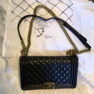 Authentic Chanel purse shoulder bag black